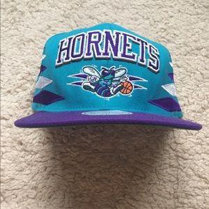 Mitchell & Ness Hornets SnapBack